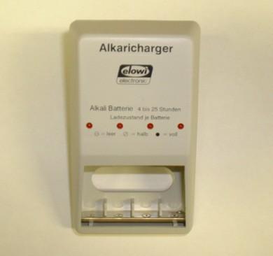 Alkaricharger das Batterieladegerät für normale Batterien.